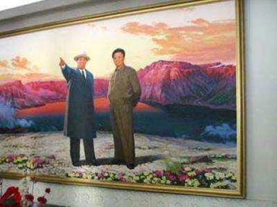 朝鲜教科书:金日成用步枪打下美国飞机