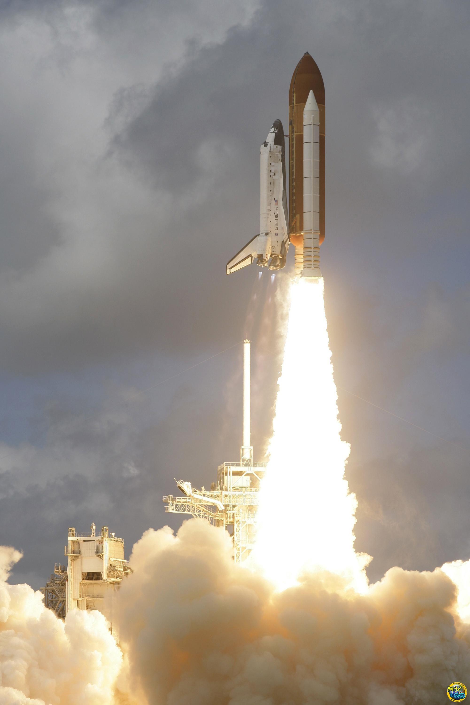 sts-120任务发现号航天飞机发射升空
