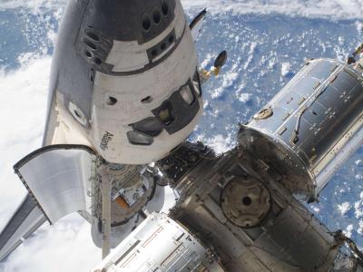 亚特兰蒂斯号航天飞机和国际空间站对接