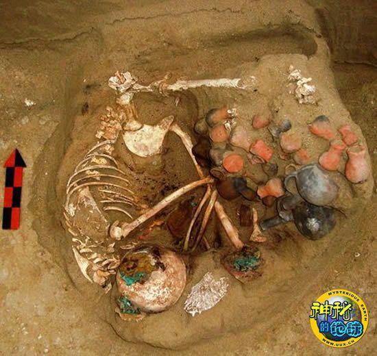 秘鲁发现恐怖日本少女漫画3d桃人祭墓道