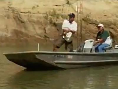 《美国国家地理频道》寻找超级大鱼——鳄雀鳝