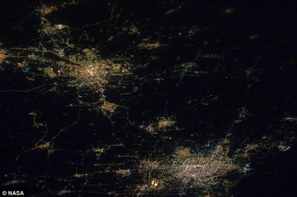 12月精彩地球卫星照片 - 神秘