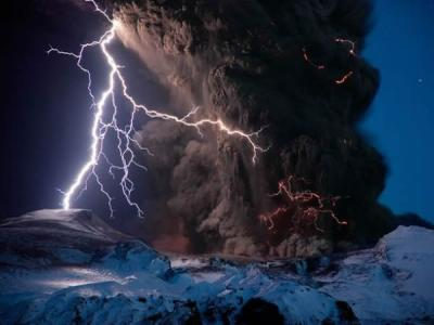 探秘冰岛休眠火山岩浆房