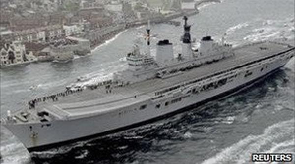 """英国拟将参加过海湾战争的""""皇家方舟""""号航母沉入海底做人工珊瑚礁"""