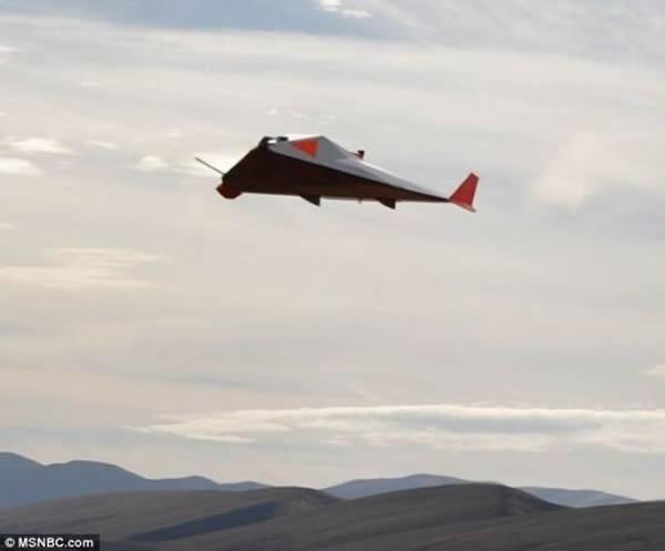 艺术 美宇航局/艺术概念图,展现了Near Space公司研制的高空飞机