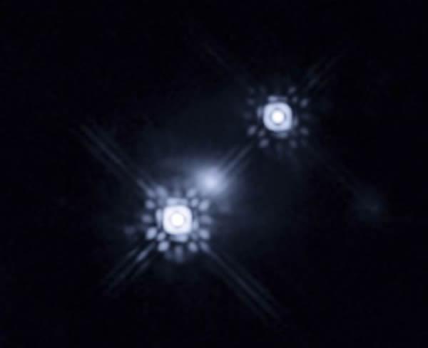 哈勃空间望远镜首次直接拍摄到一个极遥远黑洞周围的盘状结构