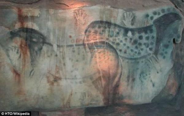 """DNA证日本最早漫画据表明史前岩画中的""""斑点马""""真实"""