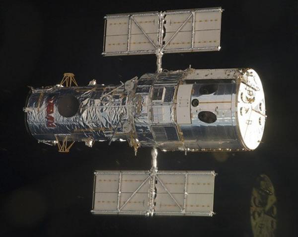 著名的哈勃空间望远镜使人类彻底改变了对宇宙的认识-揭秘NASA的隐