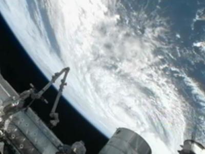 """国际空间站拍摄的肆虐美国东海岸的超级飓风""""桑迪"""""""