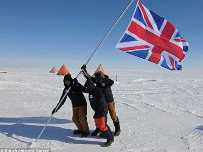 英国科学家在南极冰下3000米寻找生命