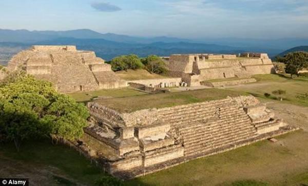 墨西哥瓦哈卡古城被评选为世界第一大文化遗产