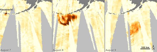 第一幅图显示了2008年8月阿留申群岛东南部上空的气溶胶粒子浓度