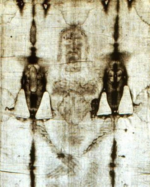 这些都与被钉死在十字架上的耶稣相符-都灵裹尸布并非骗局 确曾包裹