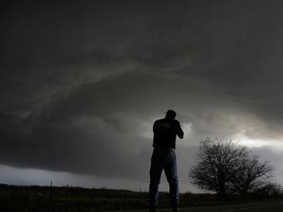 美国德克萨斯州上空出现超大胞风暴