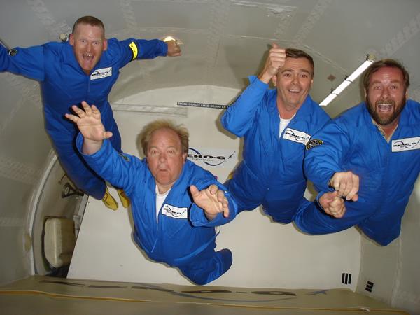 在太空如何呕吐?
