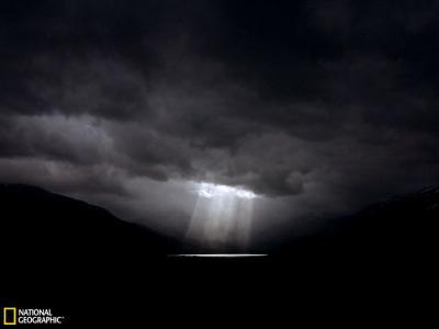 智利南部天空的奇异景象
