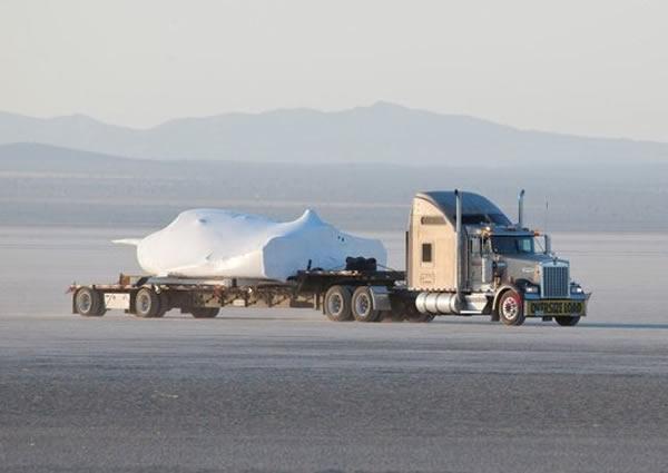 """""""追梦者""""小型航天飞机位于加利福尼亚州爱德华兹空军基地"""