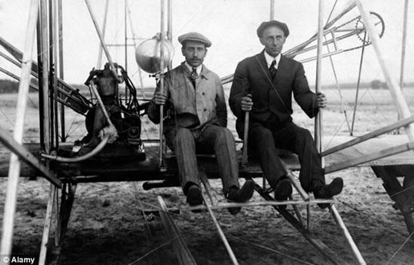 新研究表明莱特兄弟并非发明飞机第一人