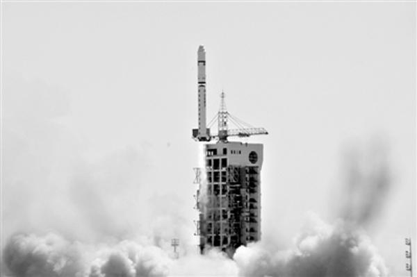 2013年4月26日,厄瓜多尔首颗自主研制的卫星在中国酒泉卫星发射中心发射升空。