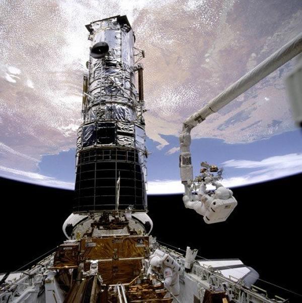 美国人最喜爱的太空望远镜