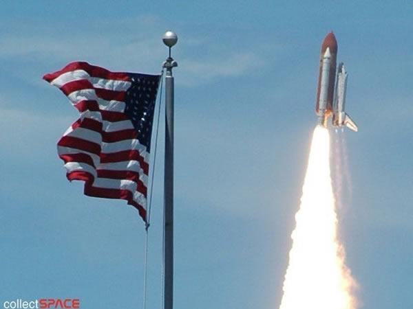 "STS-121任务成为""独立日""的焰火"