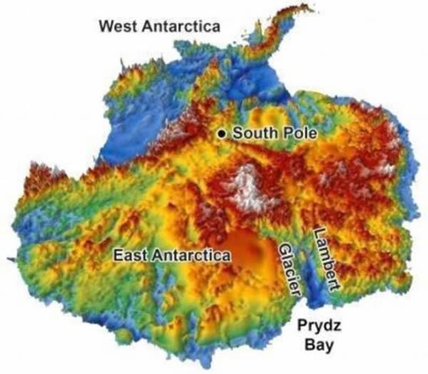 是隐藏在南极洲2英里厚冰下地形的三维重造图,由雷达测量数据制作而成。