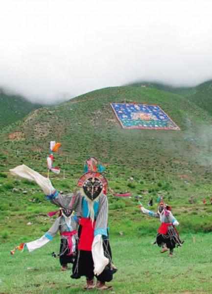 西藏制出世界最大唐卡