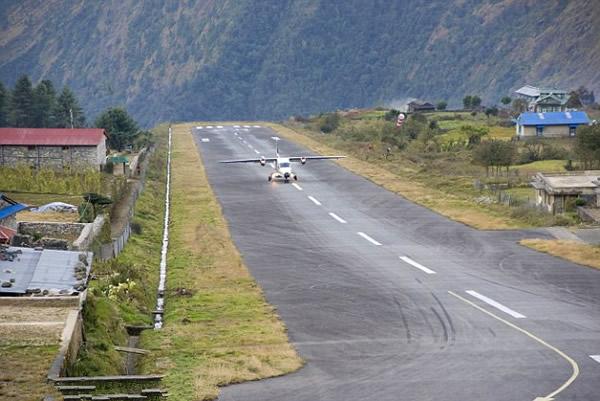 世界上最危险的飞机场:尼泊尔卢卡拉机场