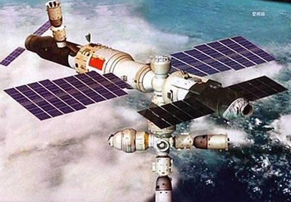 相比较于10年前,中国航天在预算、组织等领域增加了一些透明度,在技术层面上更加地成熟,基本具备了舱外行走、空间对接的能力,但与世界上最先进的航天技术相比还有相当