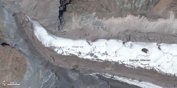 第三幅照片是戈尔内冰川( Gorner Glacier)。 <br>它是采尔马特镇附近的另一个山谷冰川。 <br>