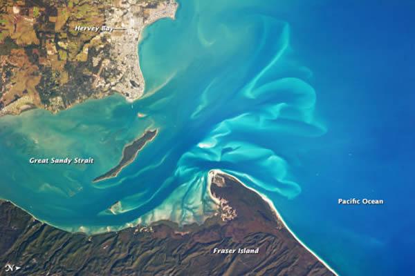 太空照片展示澳大利亚赫维湾市的景象