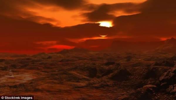 金星拥有太阳系中最恶劣,最可怕环境。金星被一层超级浓密的大气层覆盖,充满浓硫酸形成的强腐蚀性烟雾