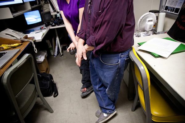Peter Schultz和他的研究生进行试验探讨