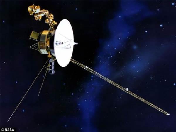 旅行者1号目前的任务,是与旅行者2号一道,去探索太阳影响范围的最远边界。