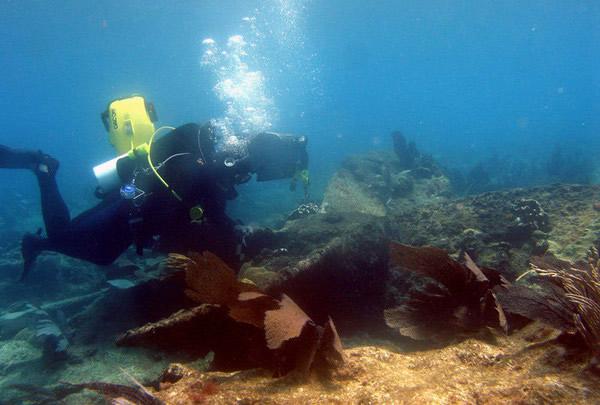 墨西哥海洋考古队在犹加敦半岛发现1849年沉没的古船