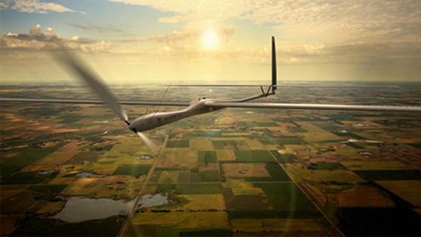 美国无人太阳能飞机未来将充当大气卫星