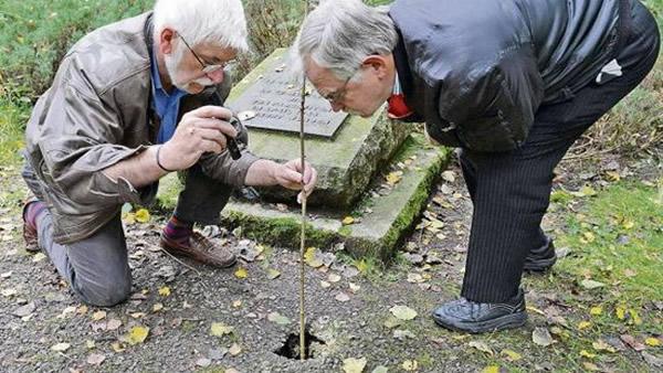 德国寻宝者试图打开墓葬搜寻纳粹宝藏