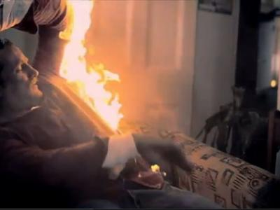 恐怖人体自然:美国越战老兵的身体突然燃烧起来