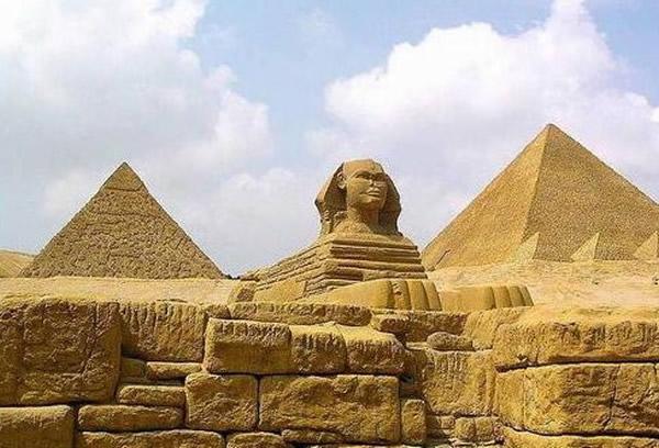 金字塔或许是个发电厂