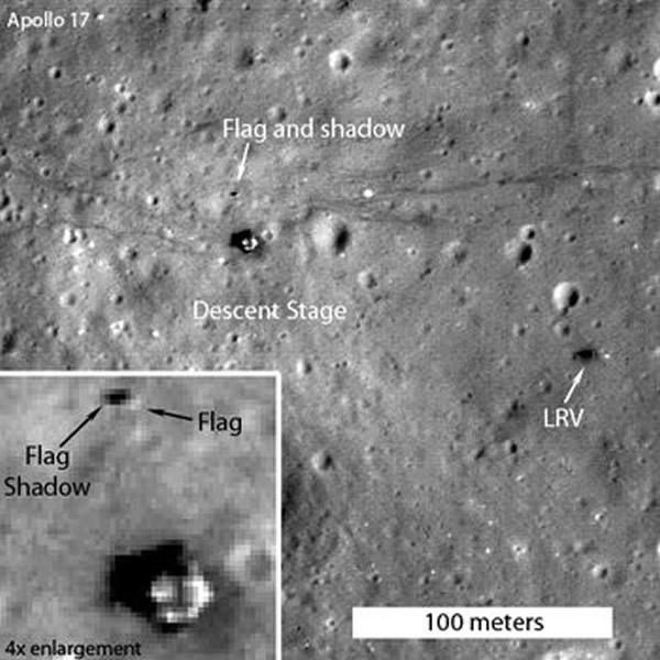 NASA:阿波罗11号在月球上插的美国国旗仍在飘扬,就是那个小小的黑点