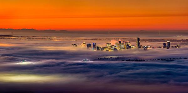 加拿大温哥华的漂亮雾景