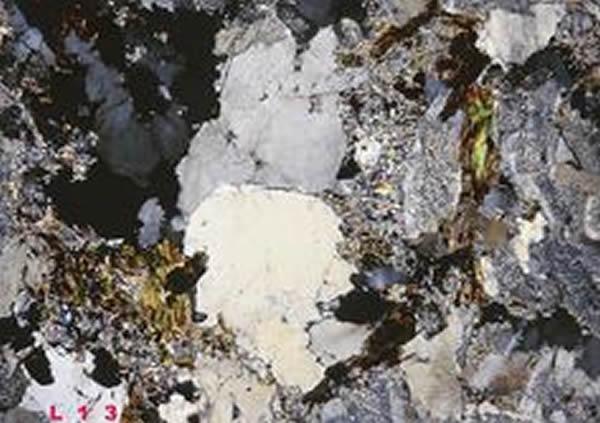 现在存在的岩石到底从何而来? 新证据或提供新见解