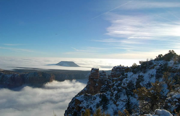 美国科罗拉多大峡谷的壮观云海