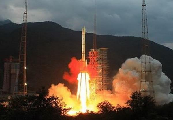 嫦娥任务使用的长征三号系列火箭还在使用剧毒燃料,这一点落后全球先进水平约50年。
