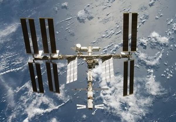 国际空间站的寿命问题被放大了,实际上,它允许更新模块从而保持继续领先于中国未来的60吨级空间站。