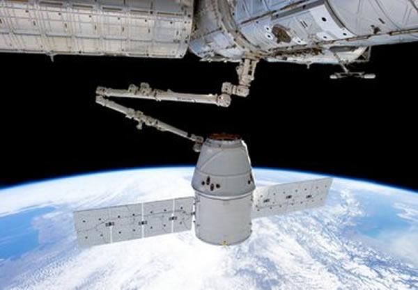 以SpaceX为代表的商业航天公司开创了一种成功的商业模式,发射天龙飞船的猎鹰9火箭的报价比之前以廉价优势著称的中国长征系列还低很多,而且火箭性能还更好。