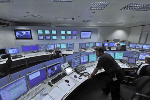 追踪网络控制室