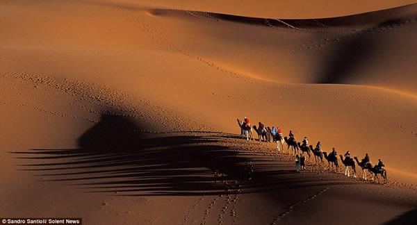 意大利摄影师拍摄的如画非洲沙漠