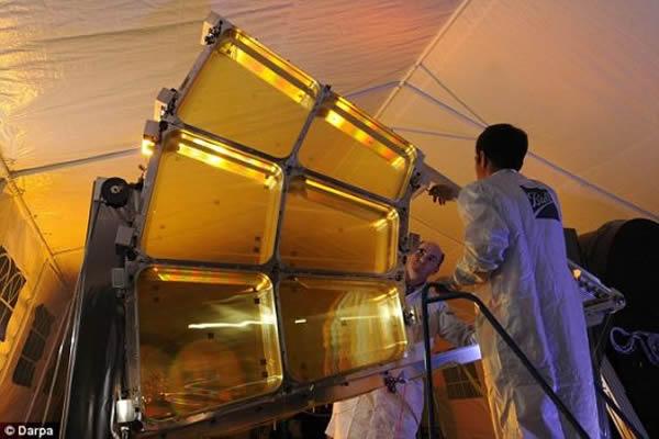 MOIRE卫星原型采用的膜。目前,国防高级研究计划局已经对MOIRE卫星原型进行地面测试,即将进入这一项目的最后阶段