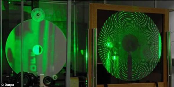 MOIRE卫星的镜头原型。目前,研究人员还没有敲定这颗卫星的发射时间。现在,他们即将进入研制工作的最后阶段